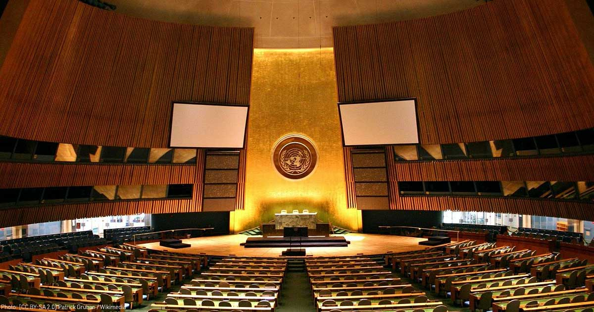 Photo of the UN General Assembly. Photo Patrick Gruban / Wikipedia [CC BY-SA 2.0]